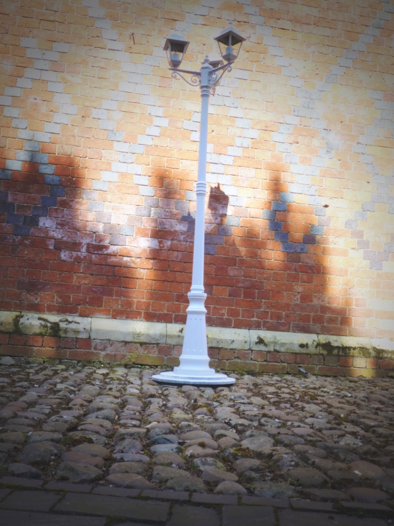 Lamp Posts Image 1