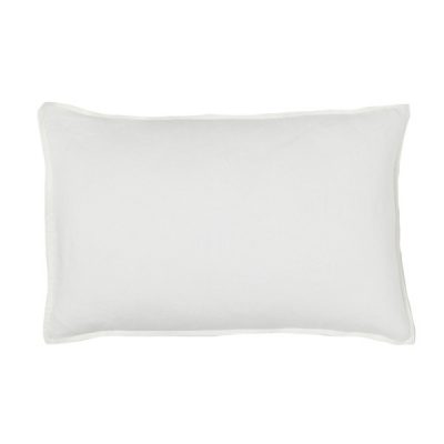 white rectangular cushion wedding decor