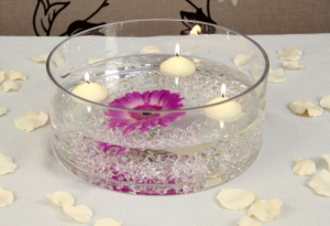 Round Dish with water pearls, floating candles and a pretty flower