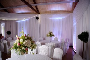 white rippled draping with voile pelmet